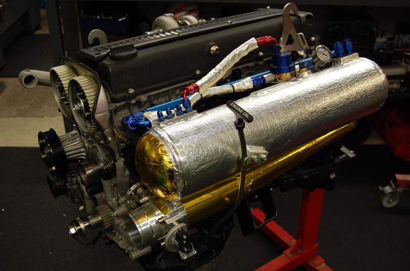 Kilpa- ja harrasteautojen Moottoreita